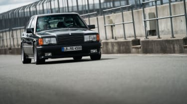 Mercedes-Benz 190E 3.2 AMG - Front