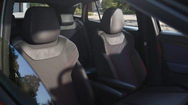 Volkswagen ID.4 GTX - seats
