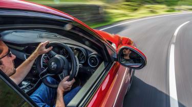 Alfa Romeo Giulia Quadrifoglio - driving
