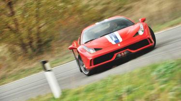 Ferrari 458 Speciale - cornering