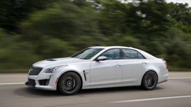 Cadillac CTS-V - profile
