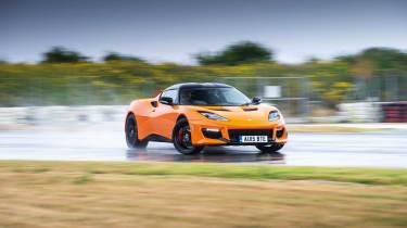 Lotus Evora 400 - front sliding