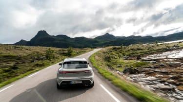 Porsche Macan GTS 2021 – rear