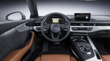 Audi A5 coupe silver - studio interior