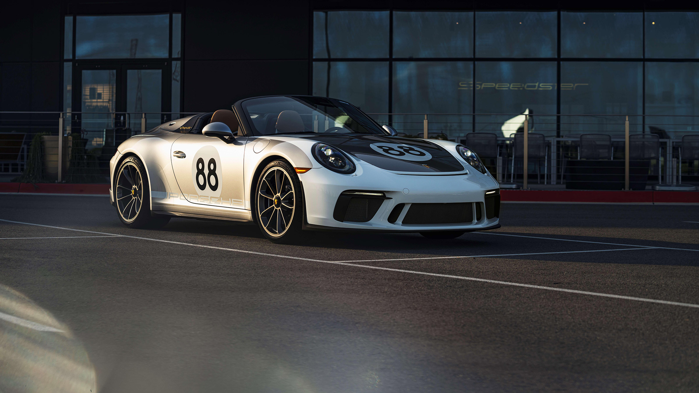 Porsche to auction final 991-series 911 in aid of Covid-19 fundraiser