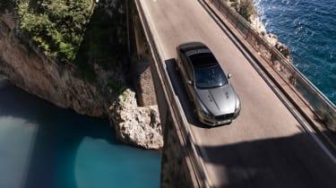 Jaguar XJR575 scenic