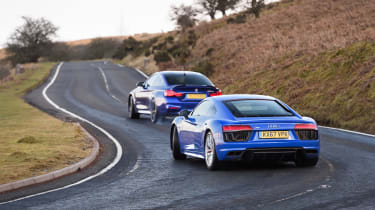 R8 RWS vs BMW M4 CS - rear slides