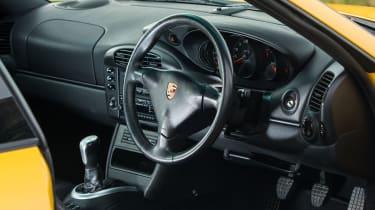 Porsche 911 GT3 996 – interior
