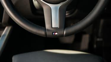 BMW X4 xDrive30d - Steering wheel