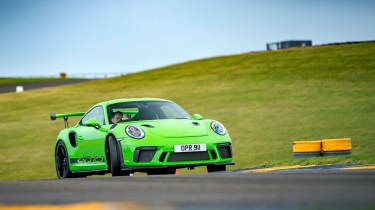 Porsche 911 GTs - sliding
