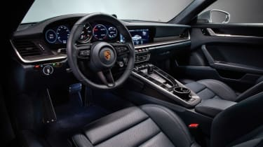 Porsche 911 992 Carrera 4S - interior