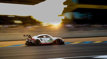 Le Mans 2017 - 911 RSR profile