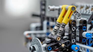 Bugatti Lego header suspension