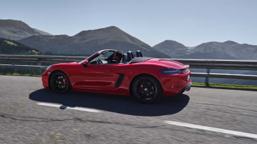 718 Boxster and Cayman GTS - side