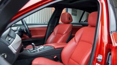 BMW M5 F10 – seats