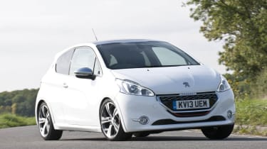 Peugeot 208 GTI white front