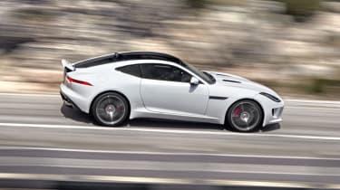 Jaguar F-type R Coupe Polaris White spoiler up