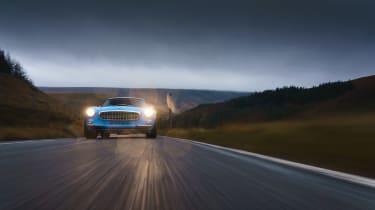 Volvo P1800 Cyan Racing – low tracking
