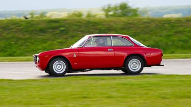 VIDEO: evo's 2012 track evenings Alfa Romeo