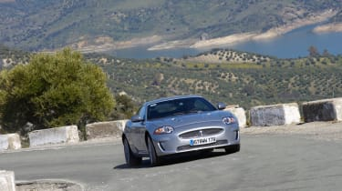 2009 Jaguar XKR review - prices, specs and 0-60 time | | Evo