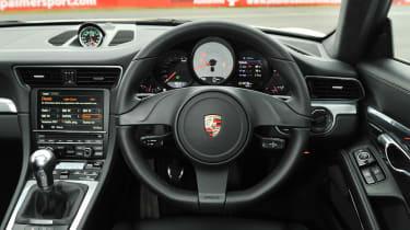 991 Porsche 911 Carrera S interior