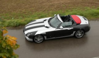 Mercedes SLS roadster spy pics