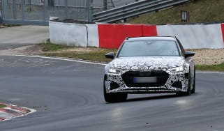 Audi RS6 Avant spied 2019 (body-on) - front