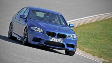 BMW offers M5 manual in USA