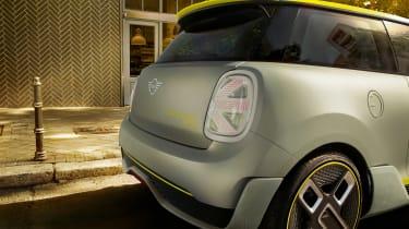 Mini EV concept - tail