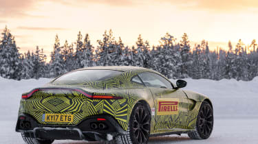 Aston Martin Vantage – rear quarter