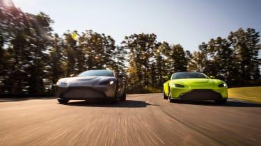 Aston Martin Vantage - pair tracking 2