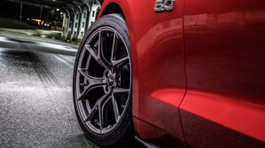 Ford Mustang GT Performance Pack Level 2 – wheels/fender