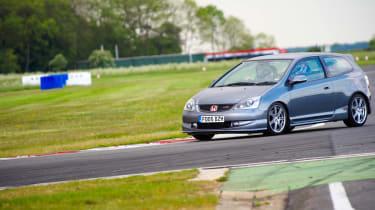 VIDEO: evo's 2012 track evenings Honda Civic Type-R