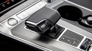 Audi A6 2018 Avant first drive - selector