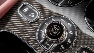 Bentley Bentayga V8 – off-road controller
