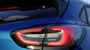 Ford Puma 2019 - lights