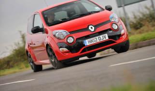 2012 Renaultsport Twingo 133 front cornering