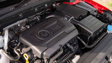 Skoda Octavia vRS 245 Estate - engine