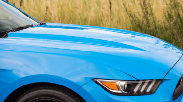 Ford Mustang GT - Side