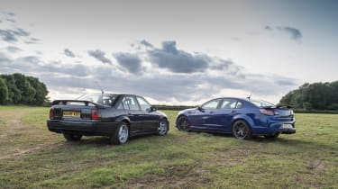 VXR8 GTS-R vs Carlton - rear statics