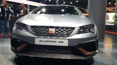 SEAT Leon Cupra R revealed at Frankfurt Motor Show nose