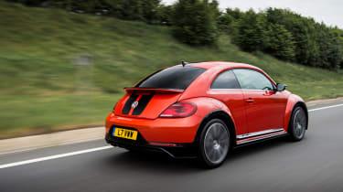 Volkswagen Beetle R-Line tracking rear
