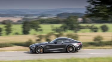 Mercedes-AMG GT C Coupé - Side