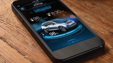 BMW i3 iPhone charging