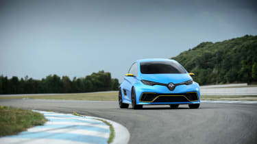 Renault Zoe E-Sport - front cornering
