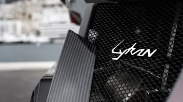Lykan Hypersport grill
