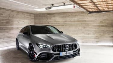 Mercedes-AMG CLA45 S Shooting Brake - nose