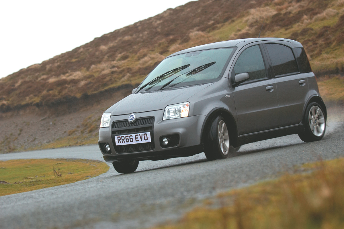 Fiat Panda 100hp 2006 2010 Review History Prices And Specs Evo
