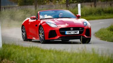 2018 Jaguar F-type SVR - Front