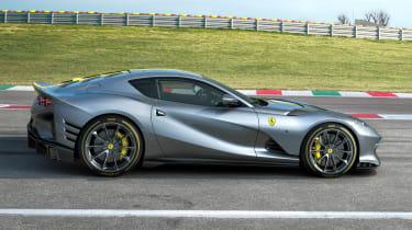 Ferrari 812 Competizione side